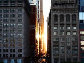 chicago-downtown-sunset_30728_990x742