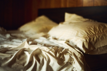 empty_bed_in_an_empty_room_ii_by_aimeelikestotakepics